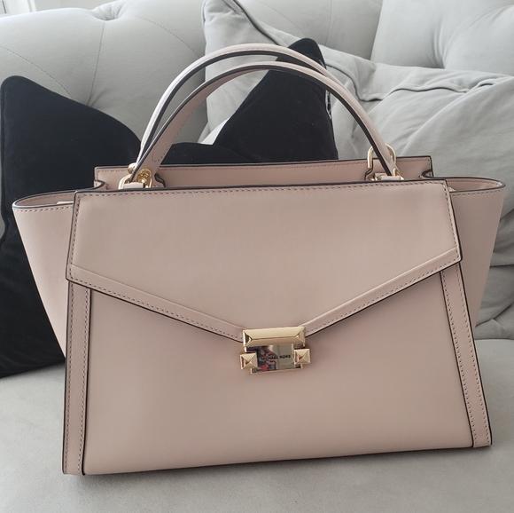 Michael Kors Handbags - 🎁Mk Whitney Satchel🎁